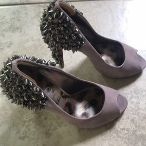 Sam Edelman , lilac, 7.5 peep toe shoe, studs